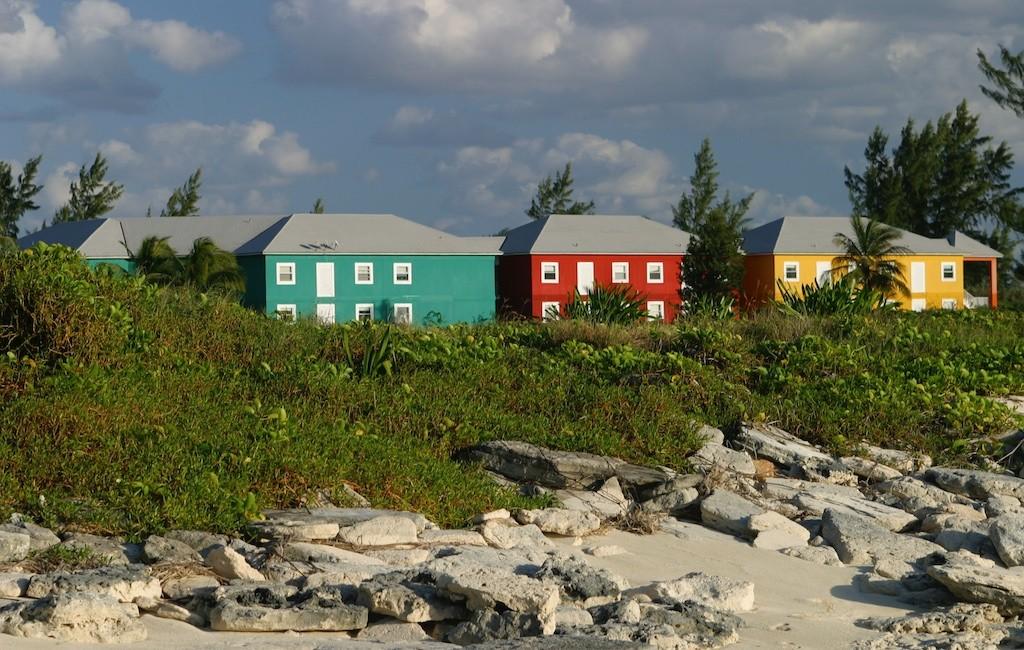 Bahamas 25